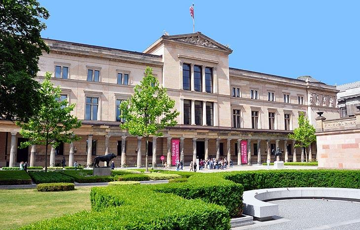 neues museum museumsinsel in berlin. Black Bedroom Furniture Sets. Home Design Ideas